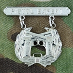 Badge, Qualification, Pistol, U.S. Marine Corps, Pendant and Suspension Bar