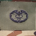 Subdued Sew-On, Combat Medical Badge (CMB), 1st Award, Type 1