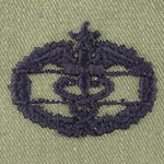 Subdued Sew-On, Combat Medical Badge (CMB),  2nd Award, Type 2